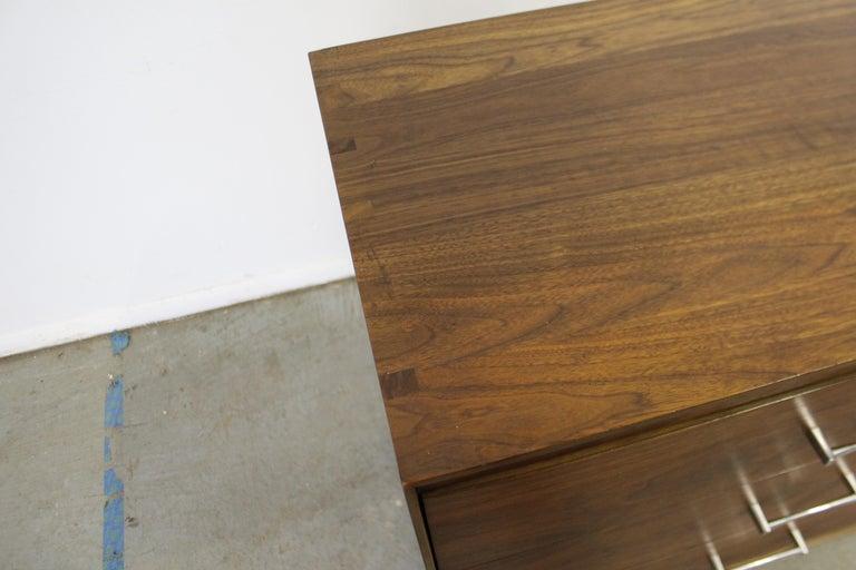 Mid-Century Modern Paul McCobb Lane 'Components' Walnut Credenza For Sale 1