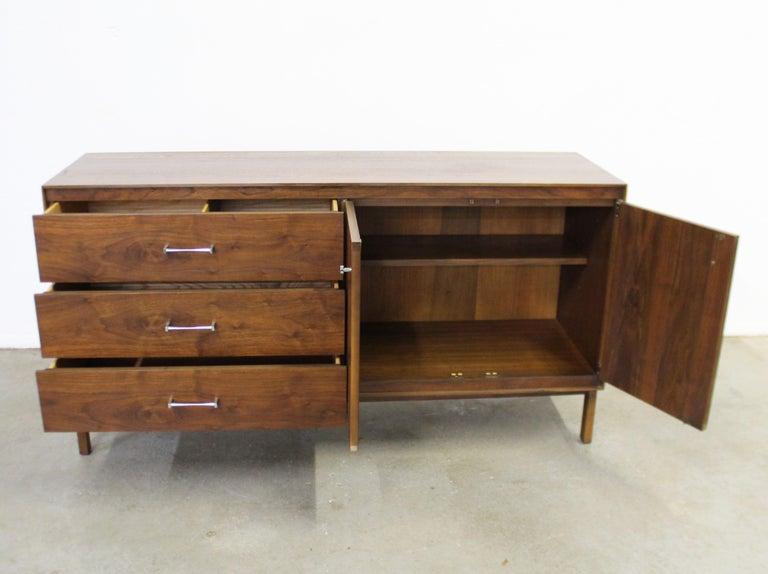 Mid-Century Modern Paul McCobb Lane 'Components' Walnut Credenza For Sale 2