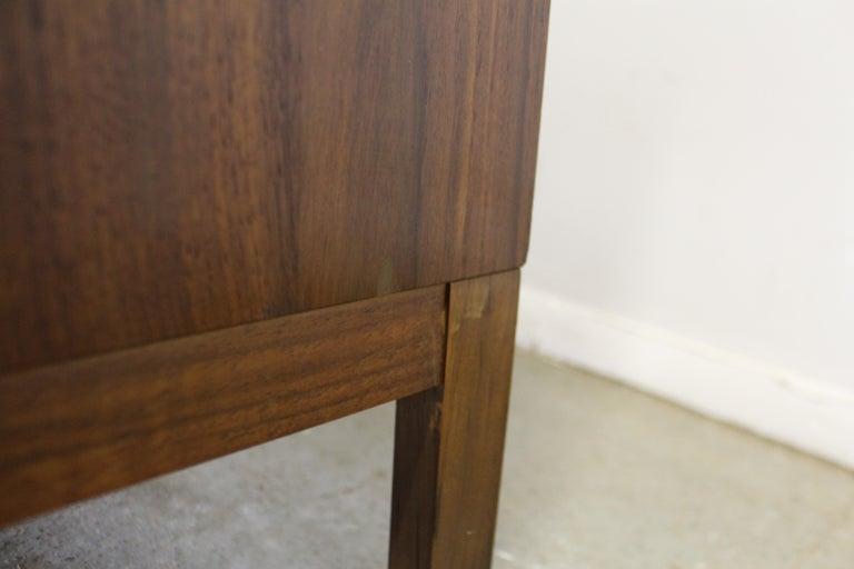 Mid-Century Modern Paul McCobb Lane 'Components' Walnut Credenza For Sale 3
