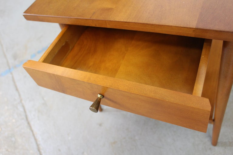 Mid-Century Modern Paul Mccobb Nightstands/End Tables For Sale 6