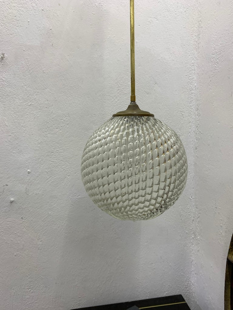 Italian Mid-Century Modern pendant light, circa 1930 by Seguso in Murano Glass, Italy For Sale