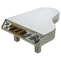 Mid-Century Modern Piano Shaped Mirrored Cocktail Coffee Table, 1970s