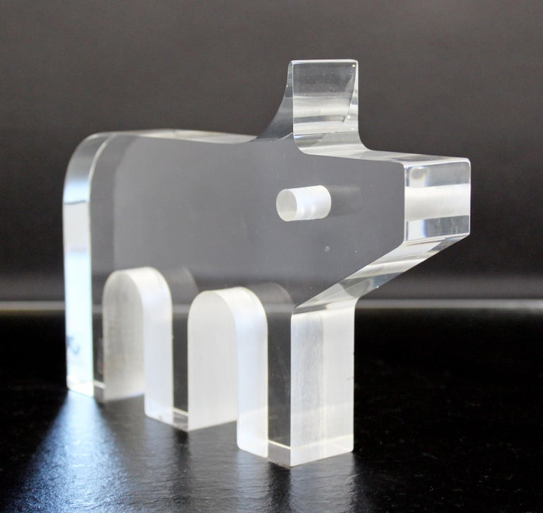 Mid-Century Modern Pig Lucite Table Sculpture Silvio Russo for Guzzini, 1970s For Sale 1