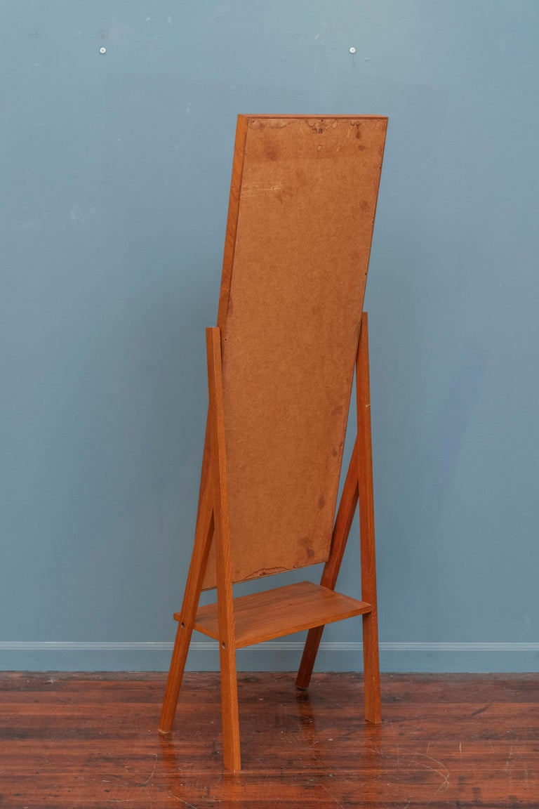 Mid-Century Modern Pivoting Floor Mirror For Sale 1