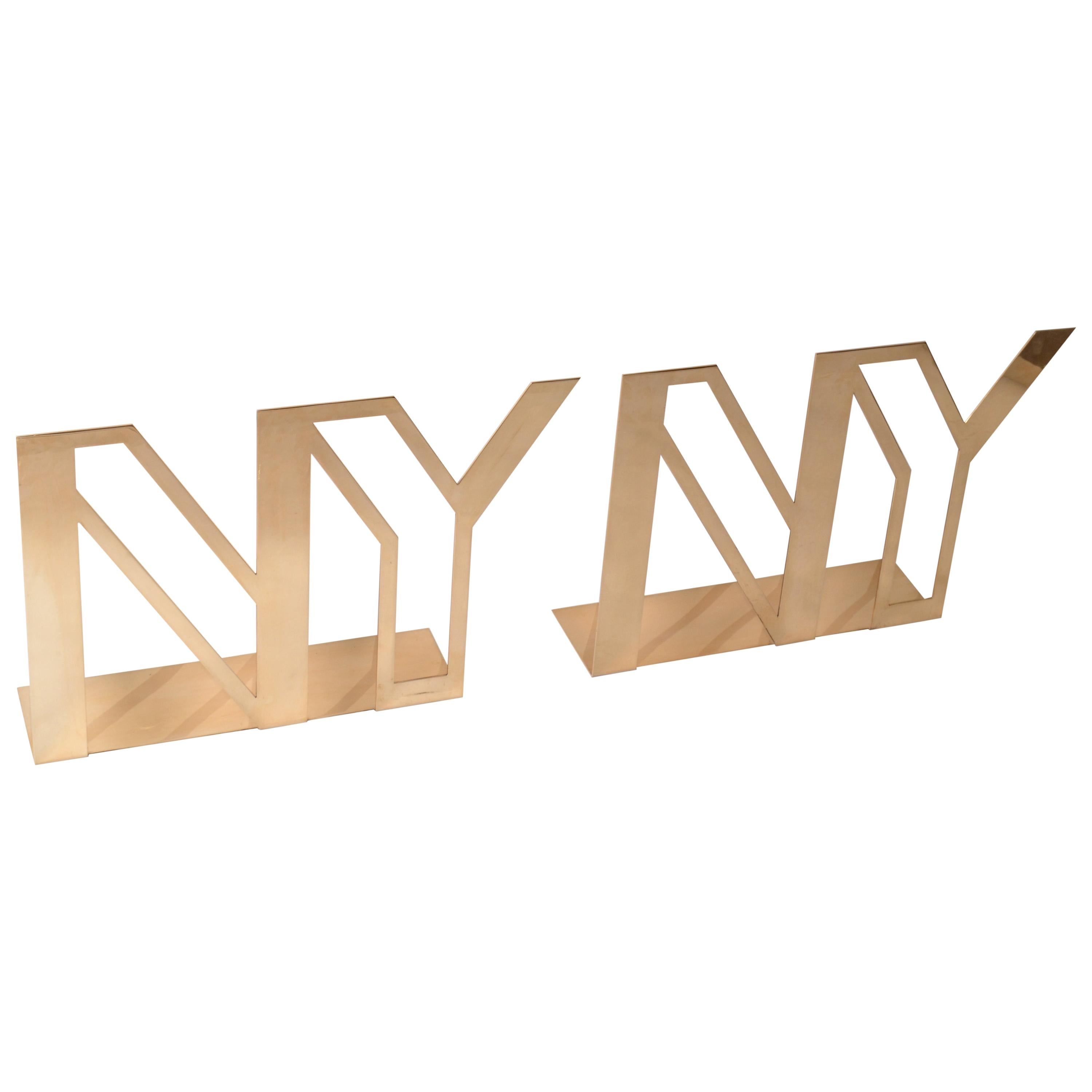 Mid-Century Modern Polished Brass NY New York Display Sculpture Table Decoration