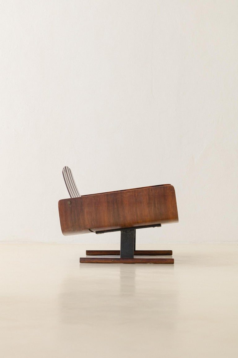 Mid-Century Modern Presidencial Armchair by Brazilian Designer Jorge Zalszupin For Sale 7