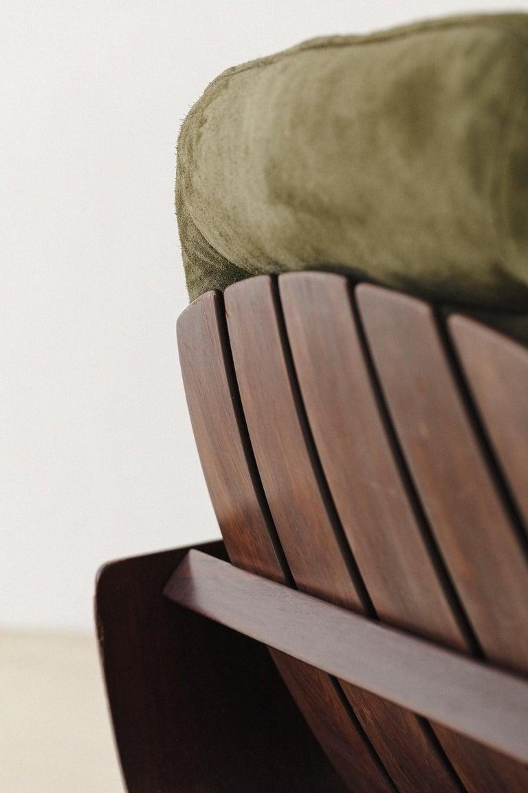 Mid-20th Century Mid-Century Modern Presidencial Armchair by Brazilian Designer Jorge Zalszupin For Sale