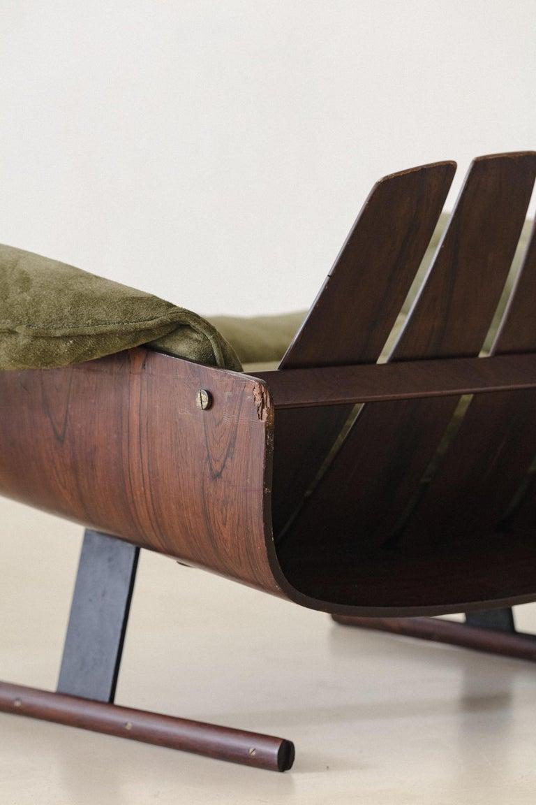 Mid-Century Modern Presidencial Armchair by Brazilian Designer Jorge Zalszupin For Sale 2