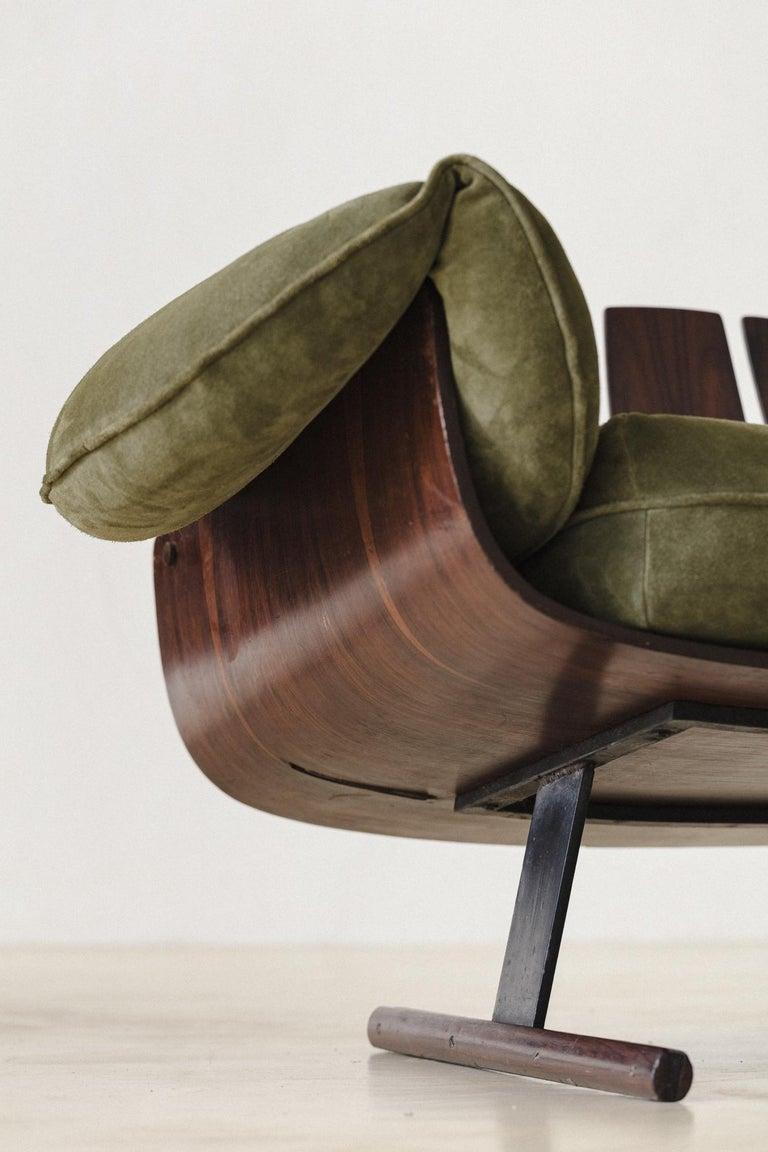 Mid-Century Modern Presidencial Armchair by Brazilian Designer Jorge Zalszupin For Sale 3