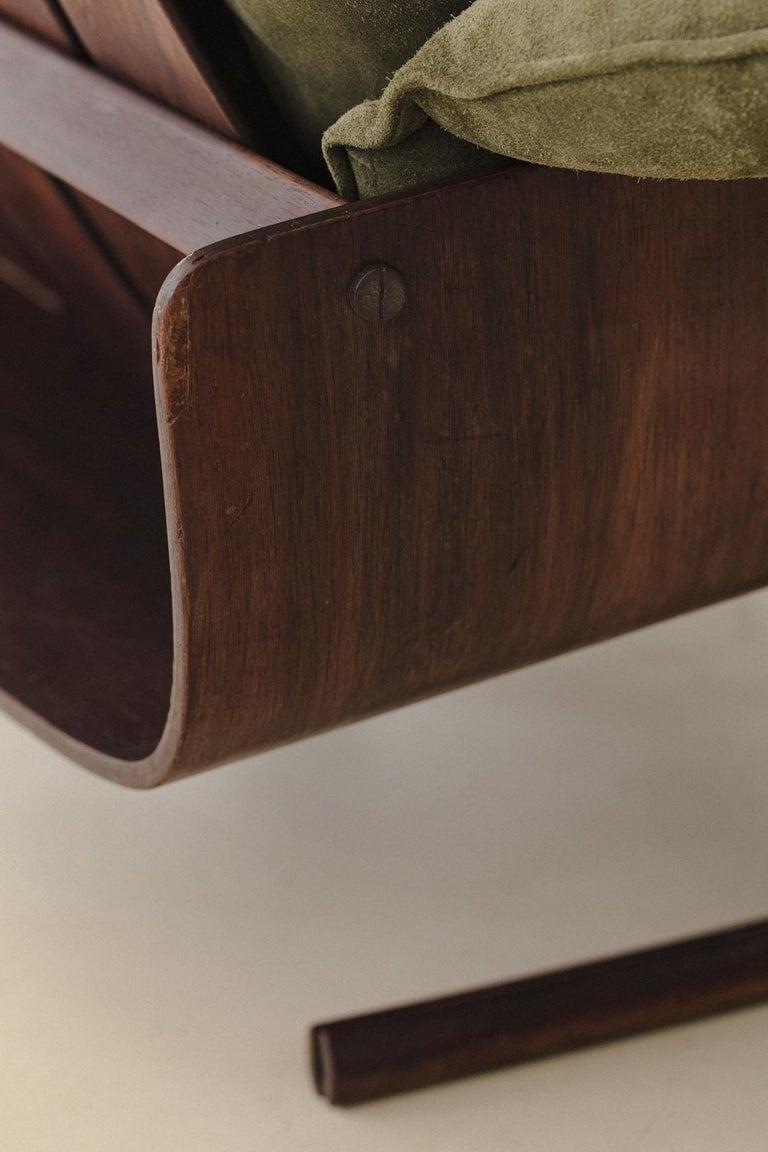 Mid-Century Modern Presidencial Armchair by Brazilian Designer Jorge Zalszupin For Sale 4
