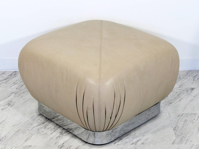 Mid-Century Modern Preview Chrome Beige Leather Ottoman Pouf Casters Springer In Good Condition For Sale In Keego Harbor, MI
