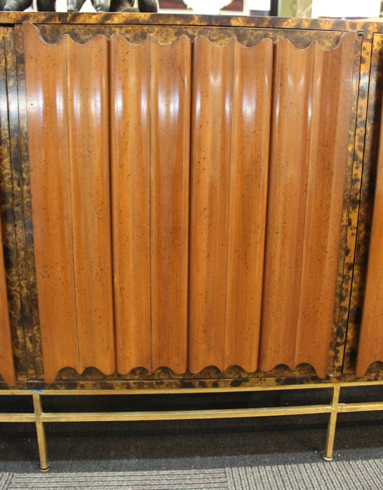 Mid-Century Modern Probber Style Credenza with Tortoiseshell Finish For Sale 5