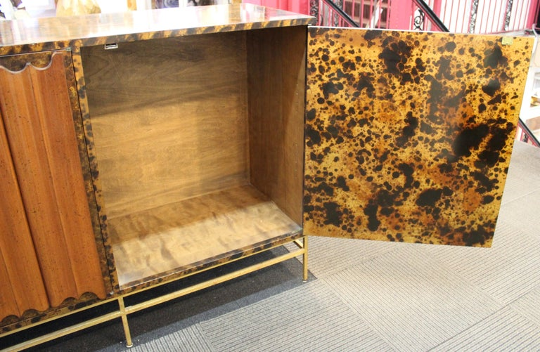 Mid-Century Modern Probber Style Credenza with Tortoiseshell Finish For Sale 8