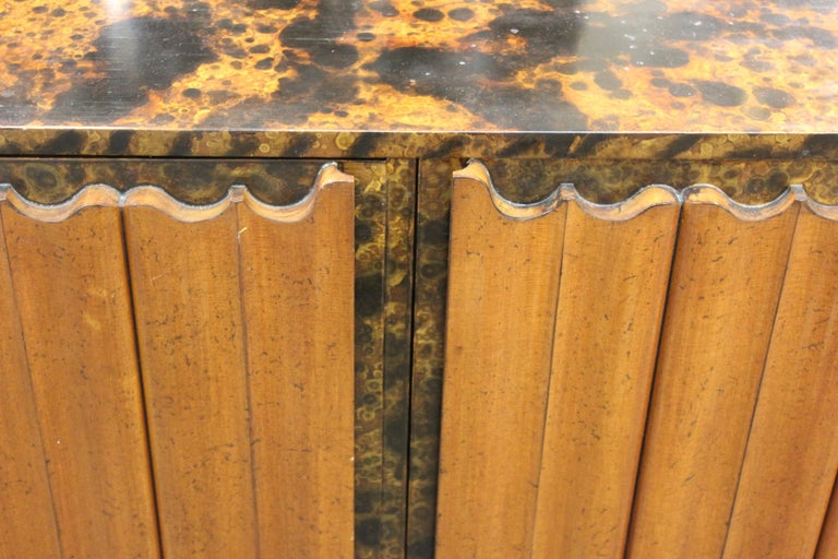Mid-Century Modern Probber Style Credenza with Tortoiseshell Finish For Sale 12