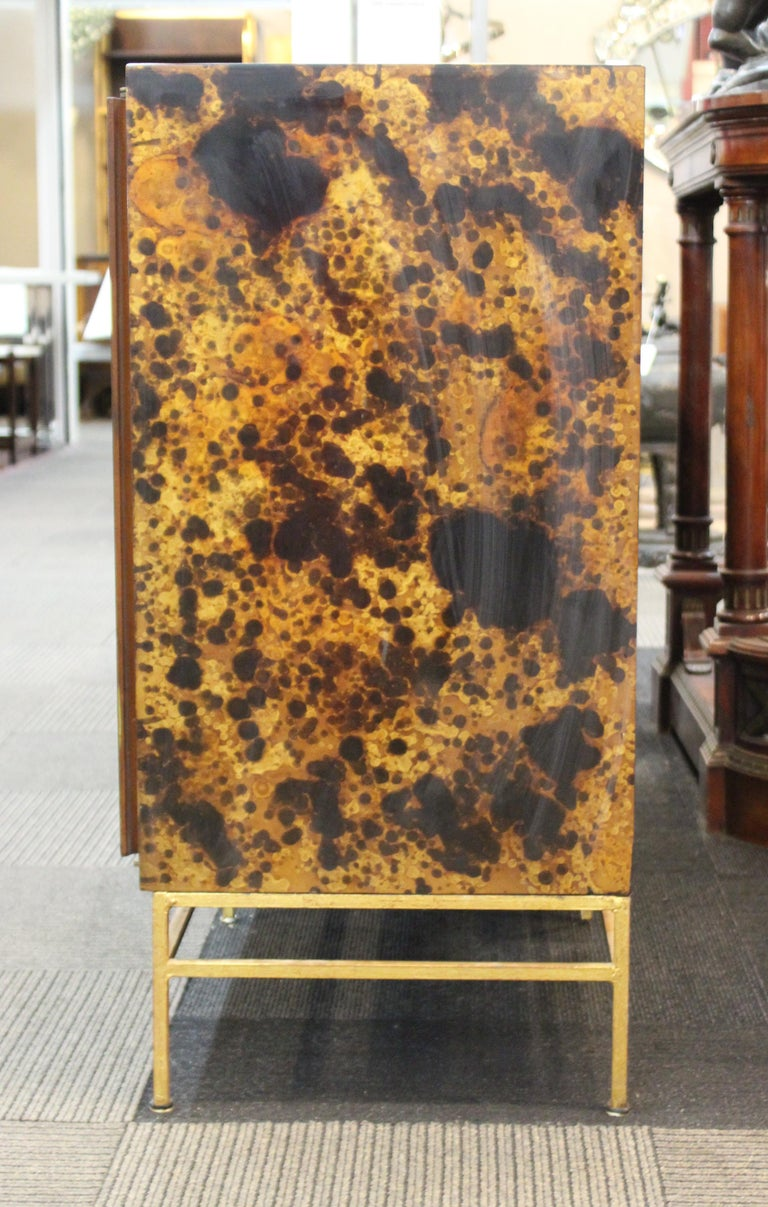 Mid-Century Modern Probber Style Credenza with Tortoiseshell Finish In Good Condition For Sale In New York, NY