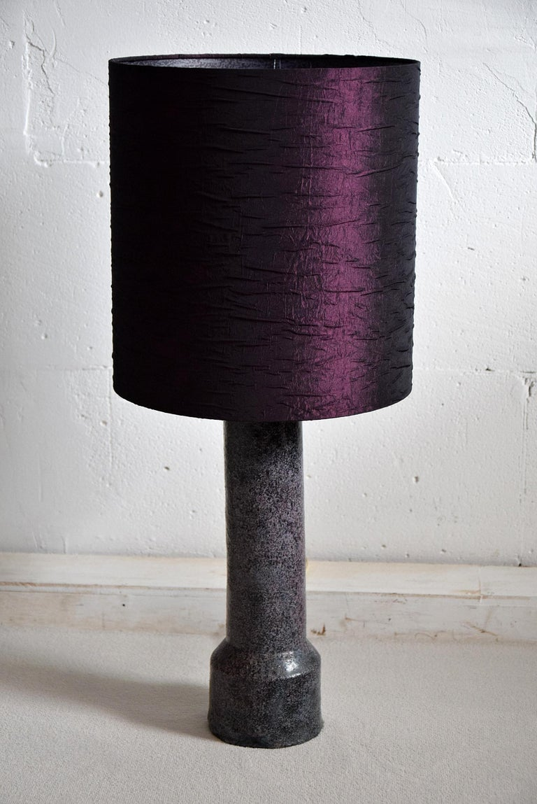 Mid-Century Modern Purple Ceramic Table Lamp by Pieter Groeneveldt For Sale 3