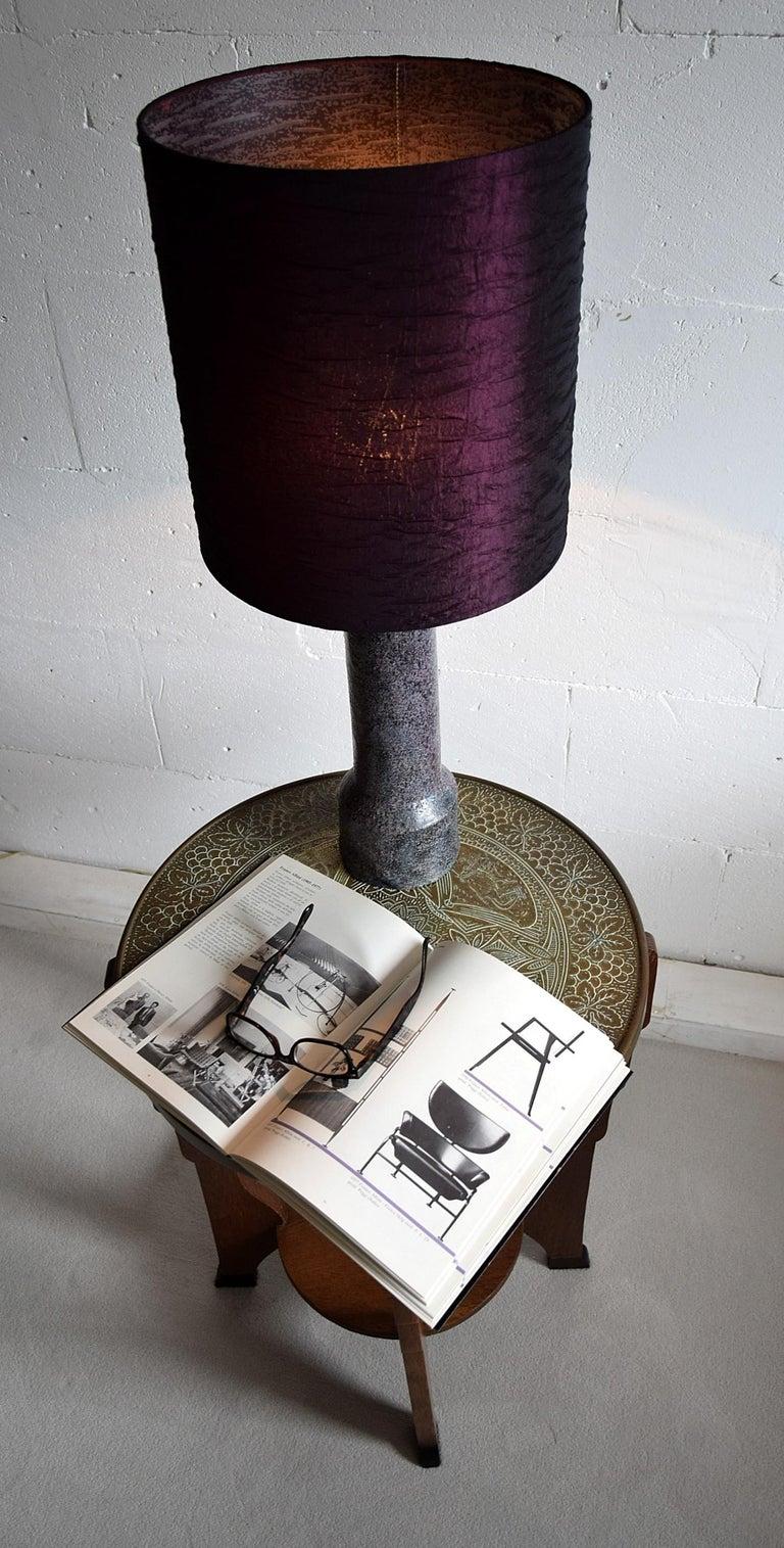 Mid-Century Modern Purple Ceramic Table Lamp by Pieter Groeneveldt For Sale 4