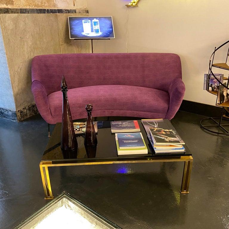 Mid-Century Modern Purple Velvet and Brass Italian Curved Sofa, 1960s For Sale 7