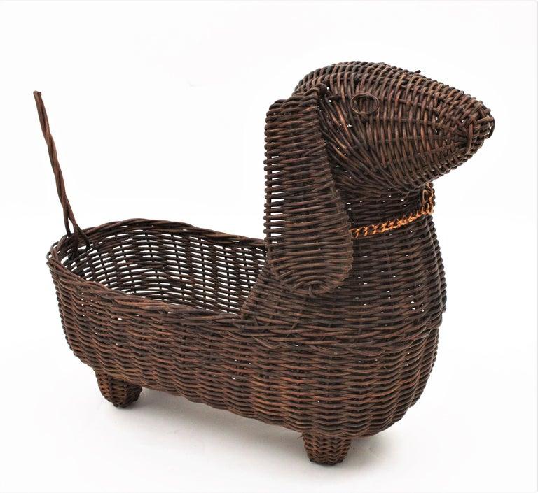 Mid-Century Modern Rattan Figural Dog Basket / Pet Bed, France, 1960s For Sale 2
