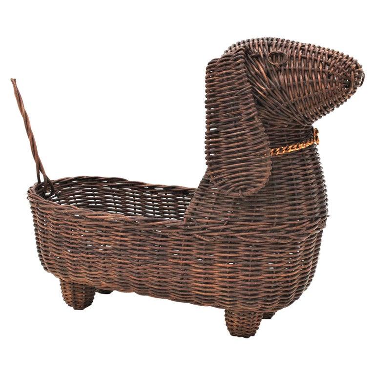 Mid-Century Modern Rattan Figural Dog Basket / Pet Bed, France, 1960s For Sale
