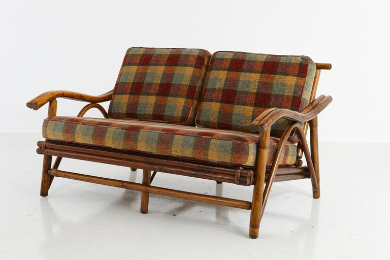 American Mid-Century Modern Rattan Settee in the Style of John Wisner for Ficks Reed For Sale