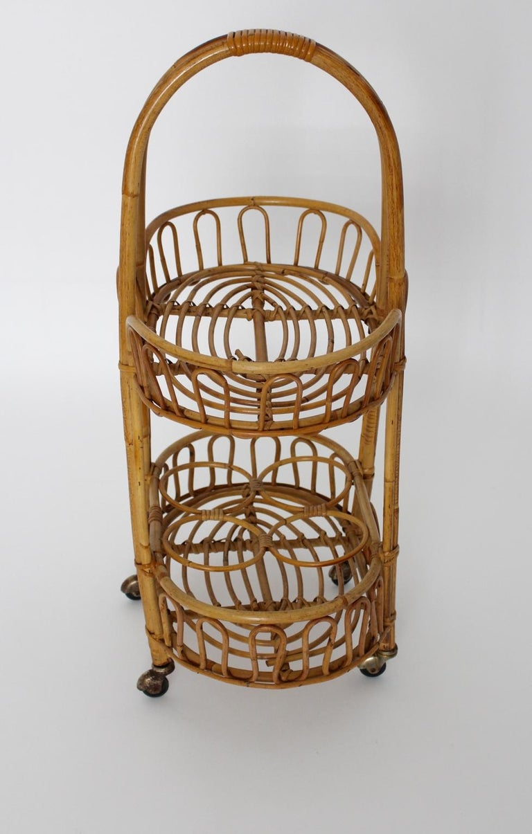 Mid-Century Modern Rattan Vintage Bar Cart, 1950s, Italy In Good Condition For Sale In Vienna, AT
