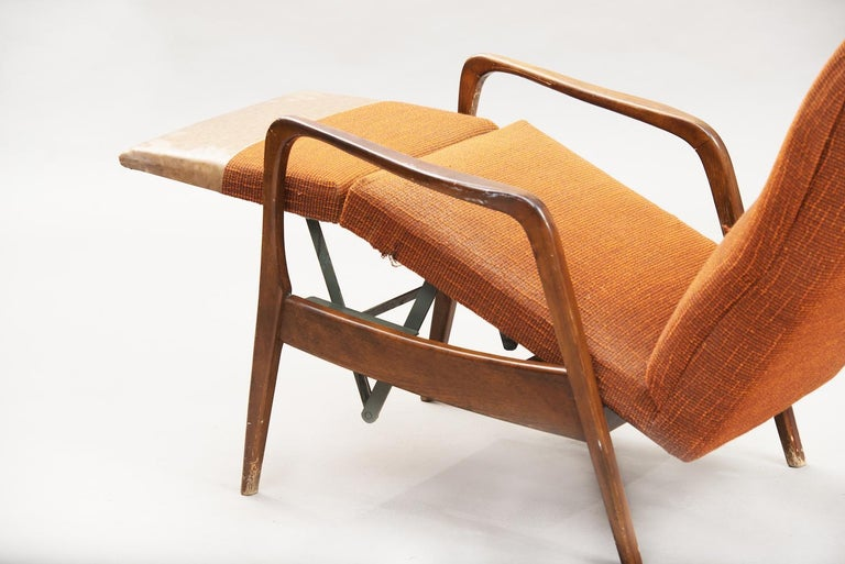 Fabric Mid-Century Modern Reclining Chair For Sale