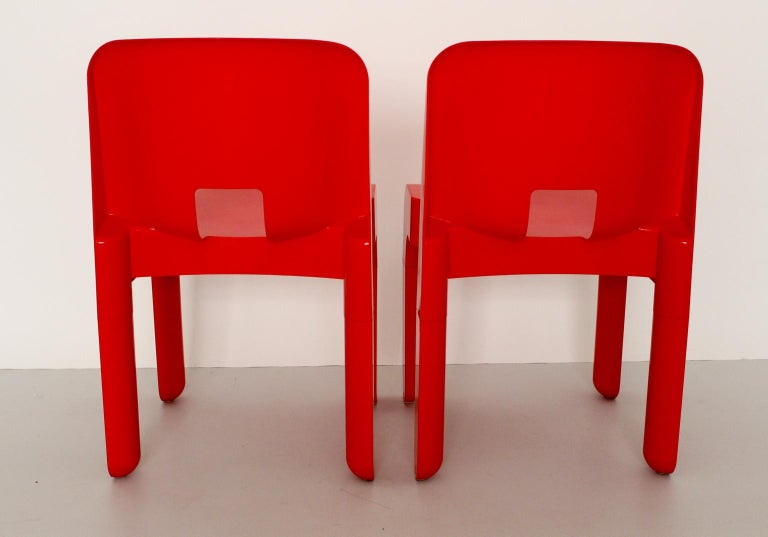 Mid-Century Modern Red Vintage Plastic Dining Chairs Joe Colombo, 1965-67, Italy In Good Condition For Sale In Vienna, AT