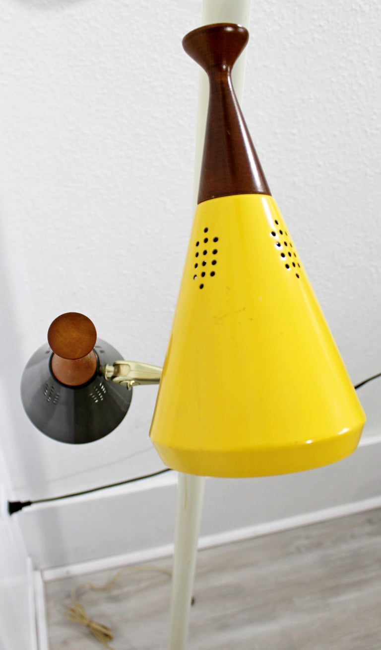 Mid Century Modern Retro Tension Pole Lamp With 4 Colored Metal And Wood Cones At 1stdibs