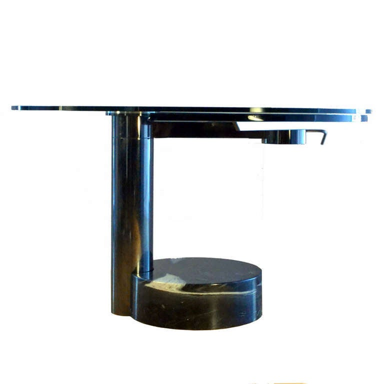 Mid-Century Modern Round & Oval Dining Table with Glass & Black Top by Mario Mazzer for Zanette For Sale