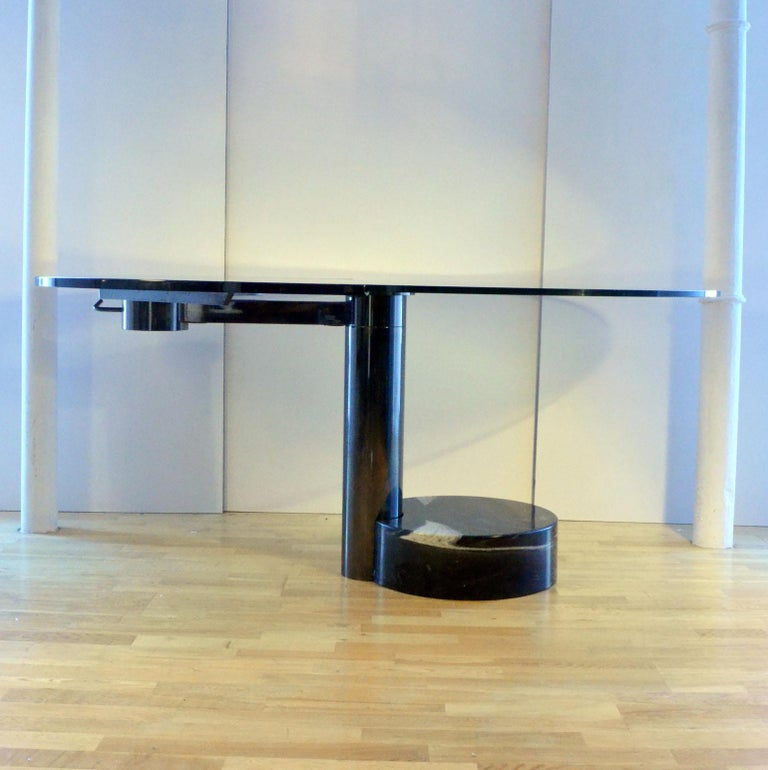 Resin Round & Oval Dining Table with Glass & Black Top by Mario Mazzer for Zanette For Sale