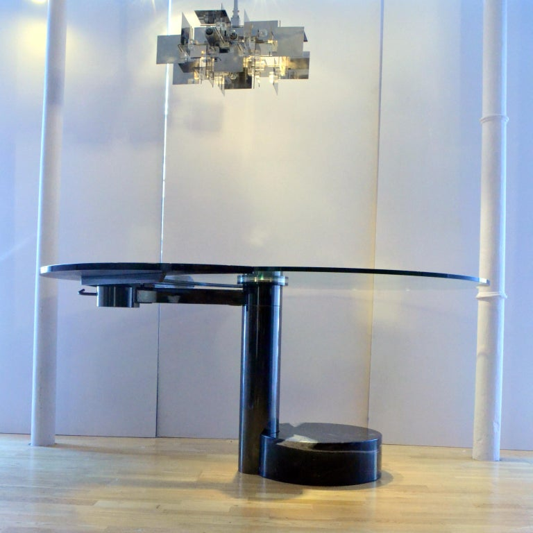 Round & Oval Dining Table with Glass & Black Top by Mario Mazzer for Zanette For Sale 1