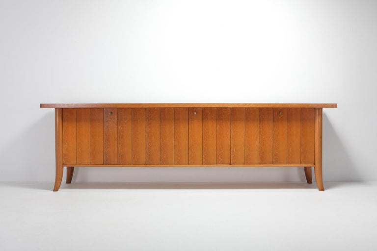Mid-Century Modern Robsjohn Gibbings Japanese Oak Credenza In Good Condition For Sale In Antwerp, BE