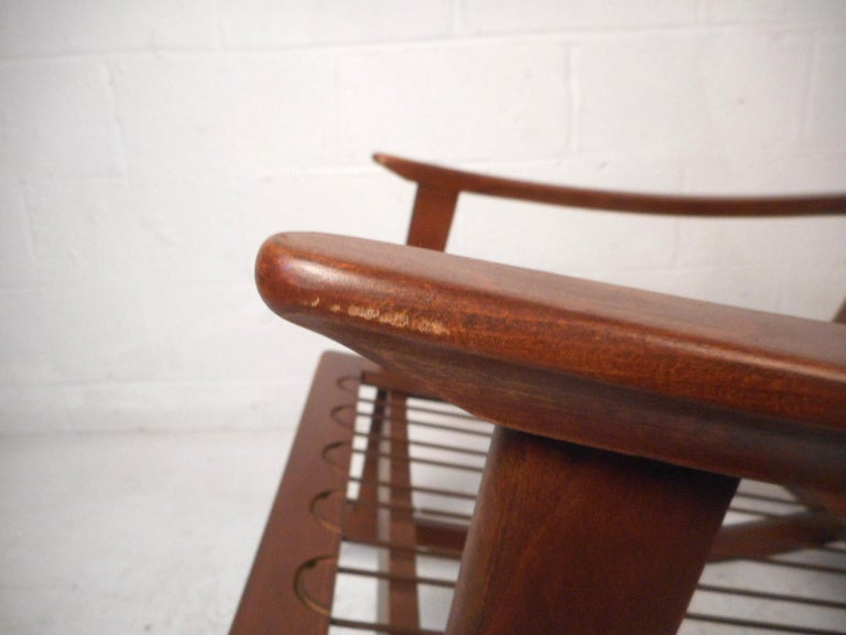 Mid-Century Modern Rocking Chair For Sale 6