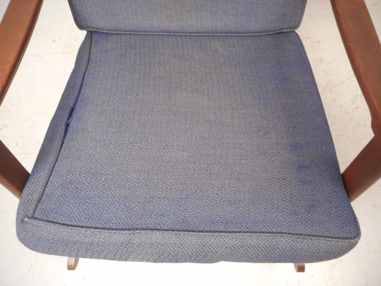 Mid-Century Modern Rocking Chair For Sale 9