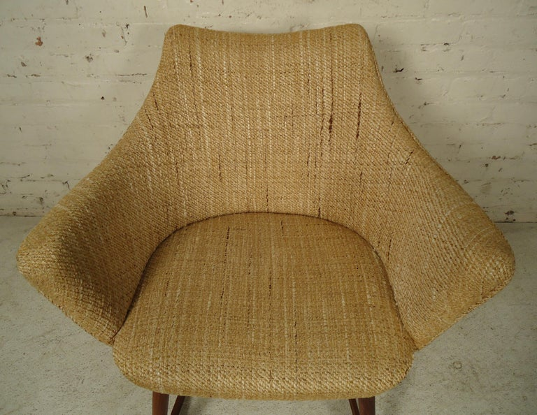 Wood Mid-Century Modern Rocking Chair For Sale