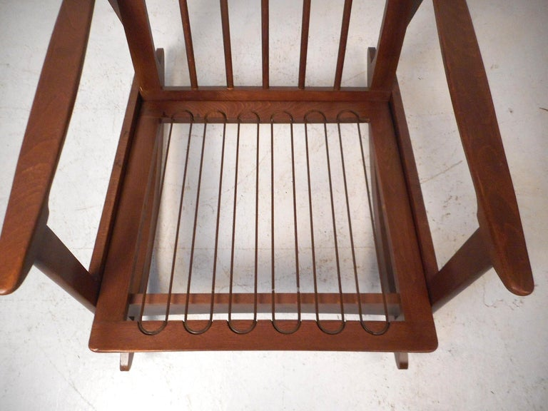 Mid-Century Modern Rocking Chair For Sale 1