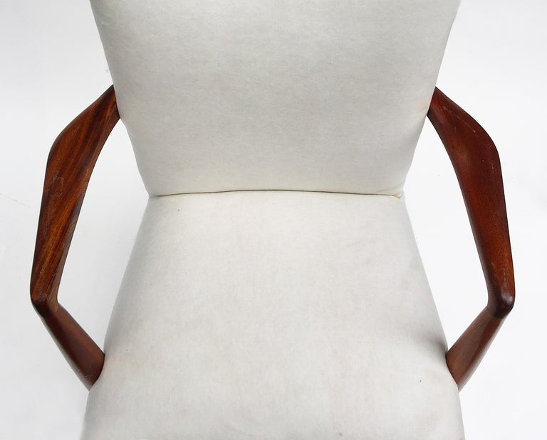 Mid-Century Modern Rosewood Armchairs, 1950s For Sale 2