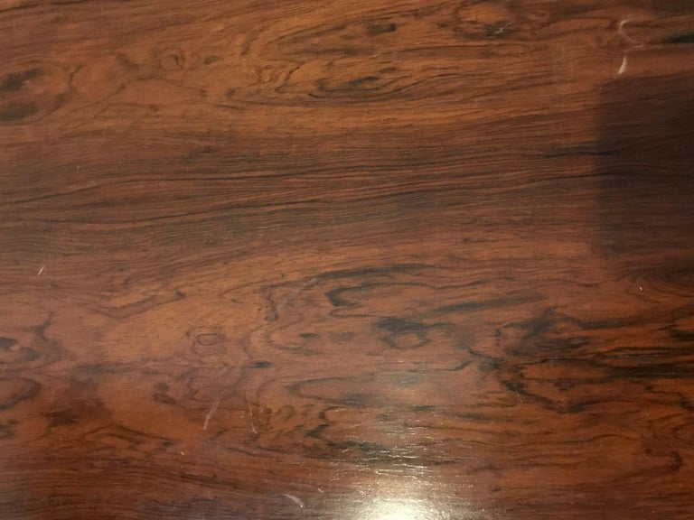 Mid-Century Modern Rosewood Coffee or Low Table with Pull Out Sides For Sale 4