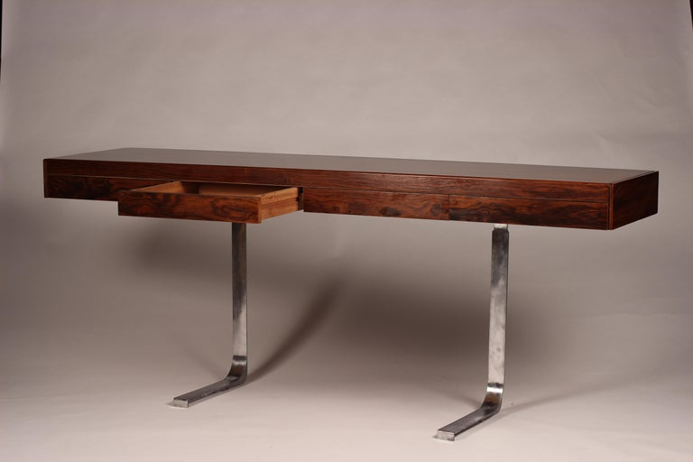 Mid Century Modern Rosewood Console Table or Desk by Robert Heritage In Good Condition For Sale In London, GB