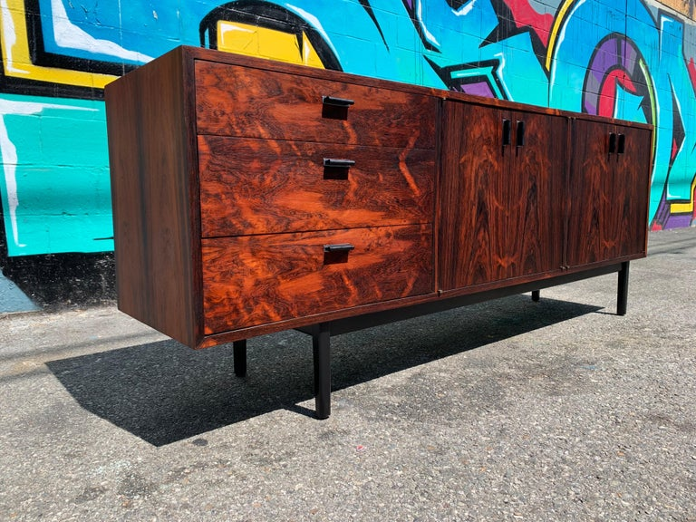 Mid-20th Century Mid-Century Modern Rosewood Credenza Sideboard For Sale