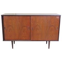 Danish Mid-Century Modern Rosewood Credenza TV Cabinet Sideboard