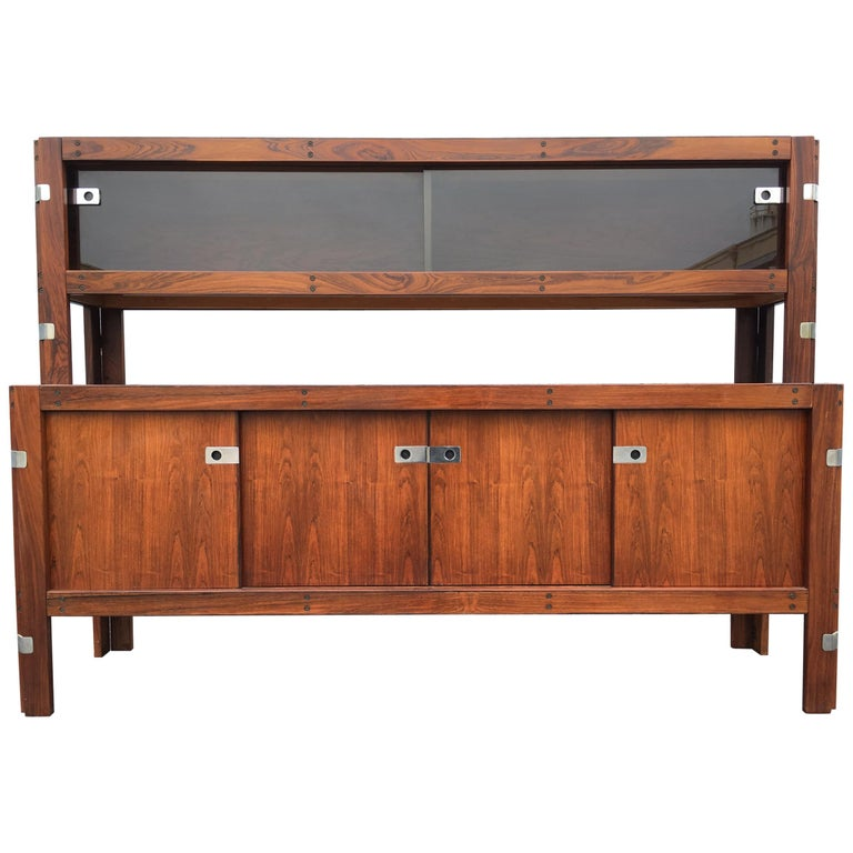Mid-Century Modern Rosewood Credenza For Sale