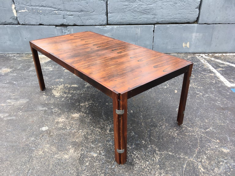 Mid-20th Century Mid-Century Modern Rosewood Dining Table For Sale