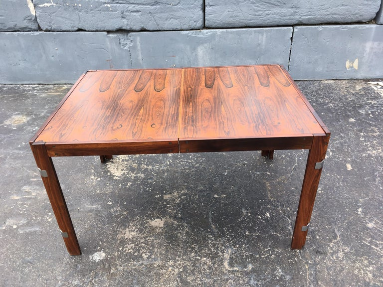 Mid-Century Modern Rosewood Dining Table For Sale 1