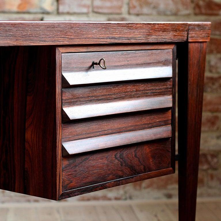 Mid-Century Modern Rosewood Executive Desk by Kai Kristiansen, Model 70, 1950s For Sale 4