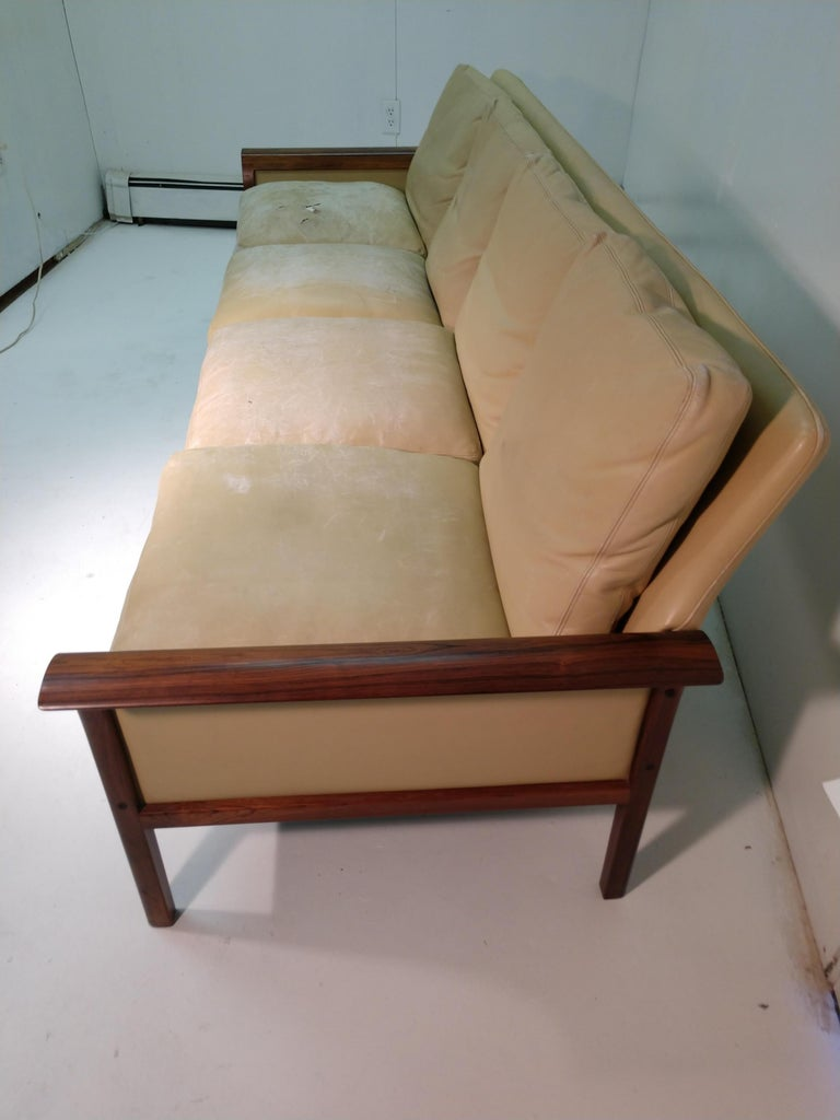 Polished Mid-Century Modern Rosewood & Leather 4-Seat Sofa Knut Sawyer for Vatne Møbler For Sale