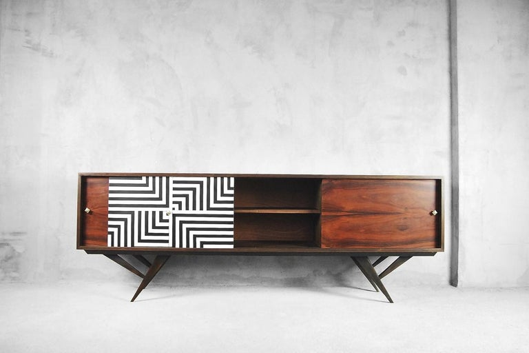 Mid-Century Modern Rosewood Organic Sideboard with Labyrinth Pattern, 1960s For Sale 5