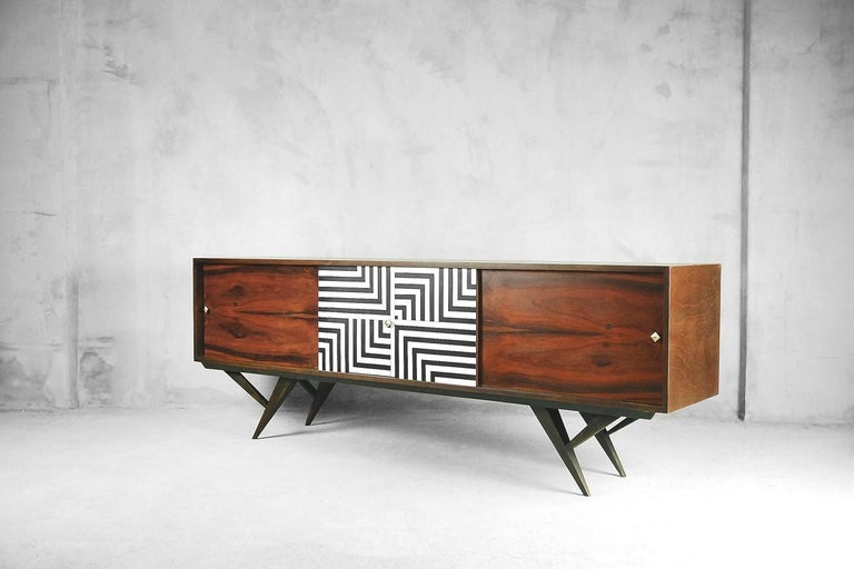 Mid-Century Modern Rosewood Organic Sideboard with Labyrinth Pattern, 1960s For Sale 1