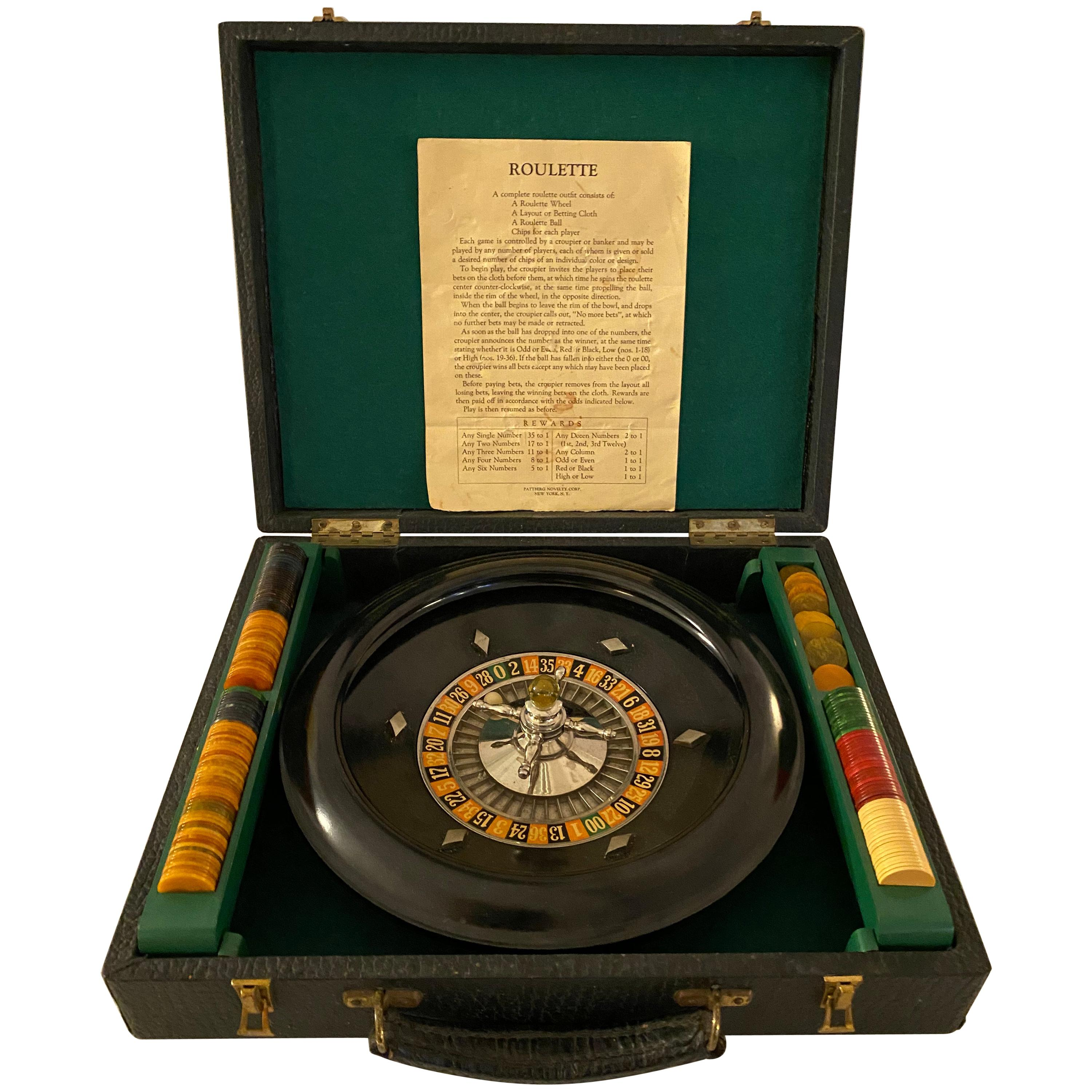 Mid-Century Modern Roulette Set with Bakelite Handle and Chips in Leather Case